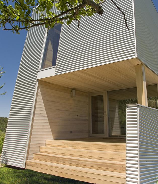 加拿大白杨木装饰的度假木屋别墅