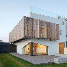 标签 > 现代简约风格设计   所在类目: 别墅设计在线   [国外别墅欣赏图片