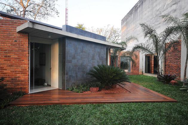 树林里的庄园别墅设计